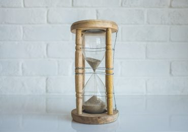 5 simple yet effective time management hacks for small business owners